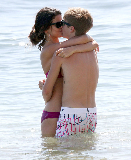 Bikini-clad Selena Gomez Kisses Justin Bieber. Pictures of Justin Bieber and